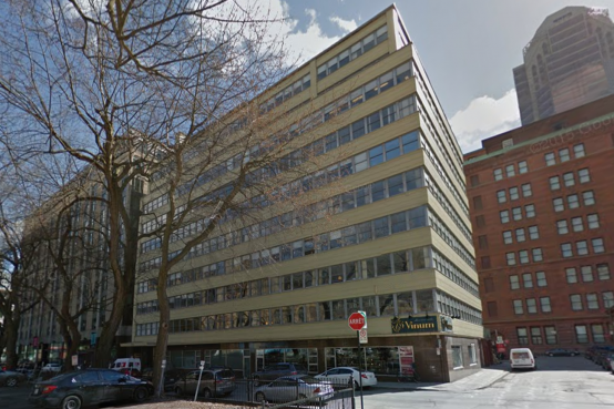 City Centre Building Montreal - réhabilitation des façades. Repair of façades and rehabilitation.