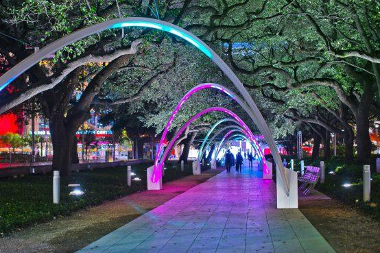 Hello Trees! Discovery Green, Houston, Texas. Installation lumineuse. Light installation.